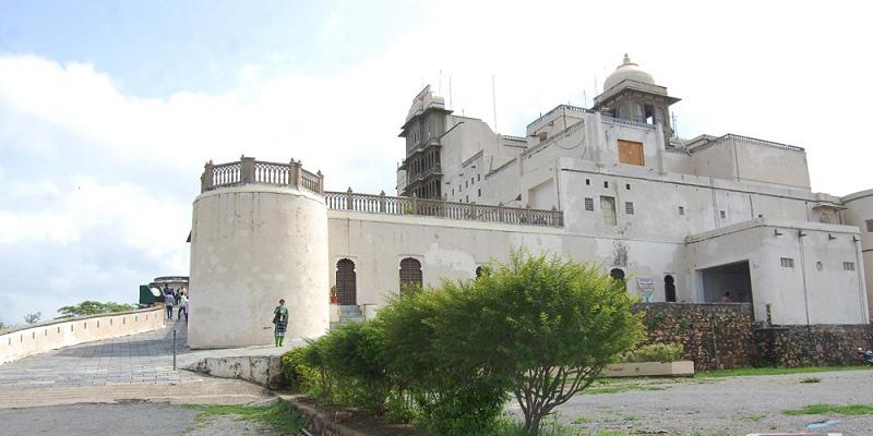 sajjan-garh-forts